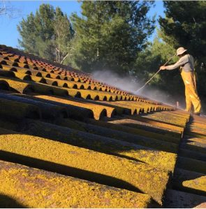 Roof Cleaning Yorba Linda CA